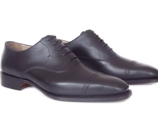 FSW028 – Black Perforated Captoe Oxford
